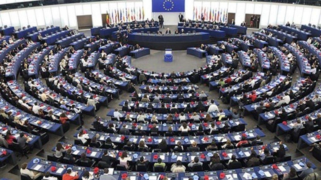 Photo of الاتحاد الأوروبي يحذر من الآثار المدمرة للصراع في اليمن ويؤكدأن الحل في اليمن سياسي وليس عسكري