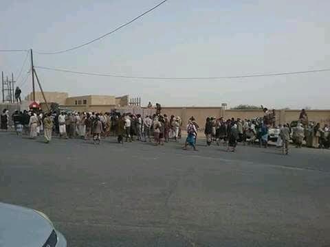 """Photo of مأرب:مظاهرات المجندين تتصاعد وتطالب الشرعية بالرحيل و""""الشرعية """" تصمت!!"""
