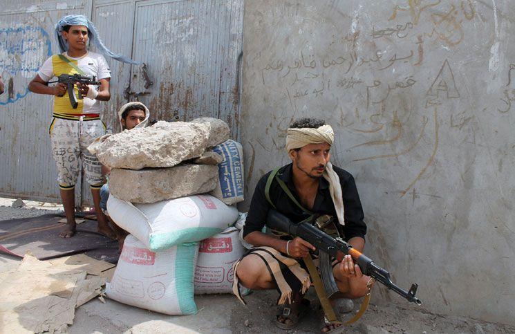Photo of تعز  .. مدينة تعيش على وقع الإغتيالات وعدّاد القتلى يتصاعد