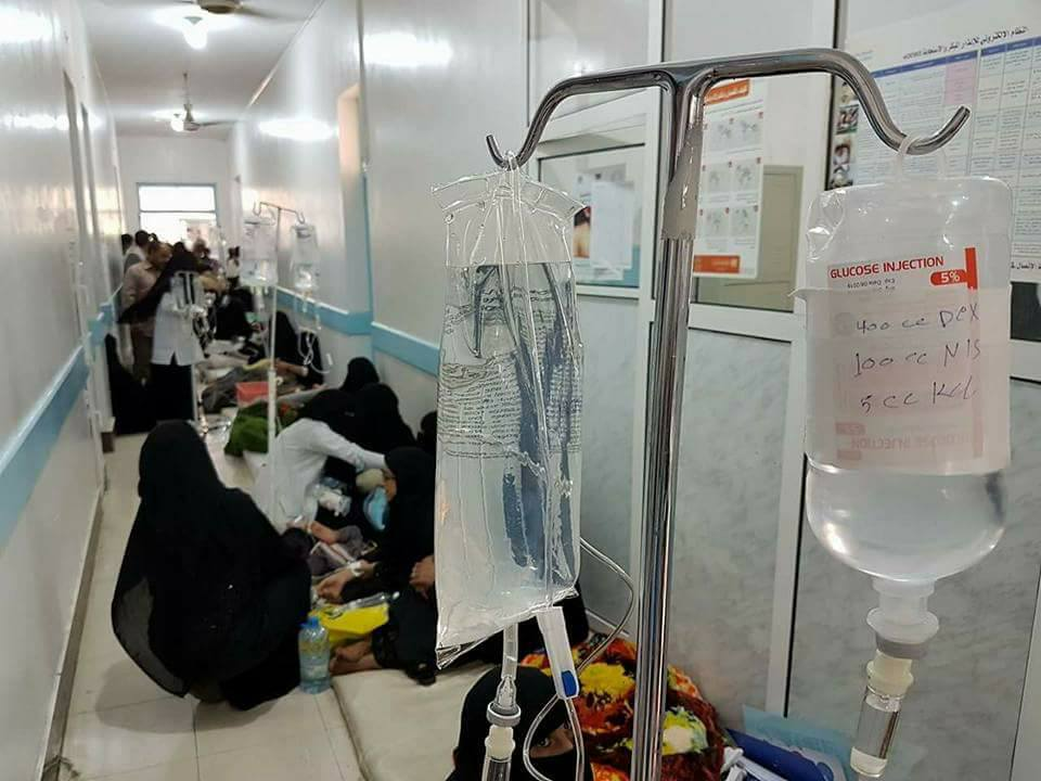 Photo of الكوليرا يسرّع من وتيرة قتل اليمنيين والعالم يرقب بصمت
