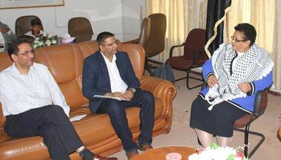Photo of فائقة السيد : لو استطاعت السعودية شراء الهواء ليختنق اليمنيون لفعلت
