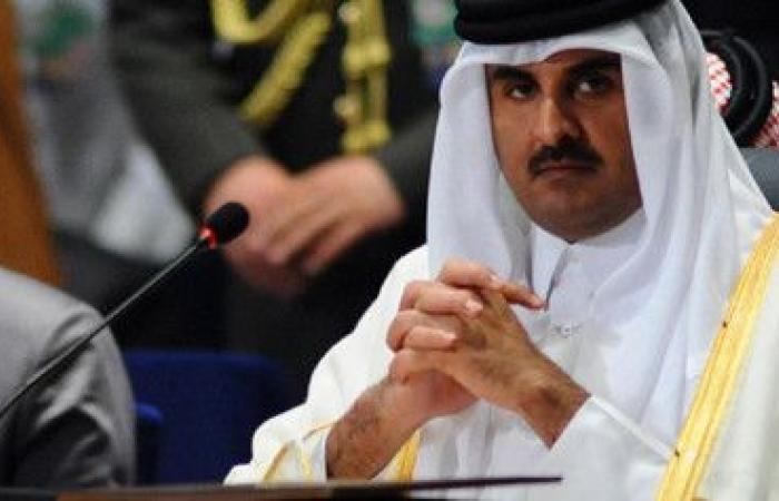 """Photo of شبكة أمريكية: أمير قطر """"مكبل اليدين"""" بسلطة تحكم من """"وراء العرش"""