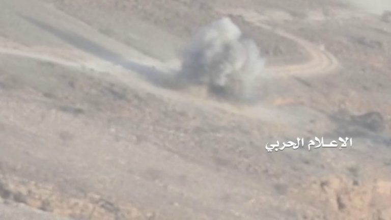Houthi forces unleash vicious assault against Saudi-backed units in north Yemen