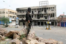 Photo of تعز .. الكشف عن مخطط لإخراج المحافظ من المدينة