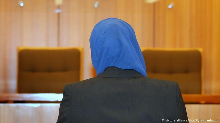 Photo of مسلمة أمريكية تحصل على 85 ألف دولار تعويضا على نزع حجابها