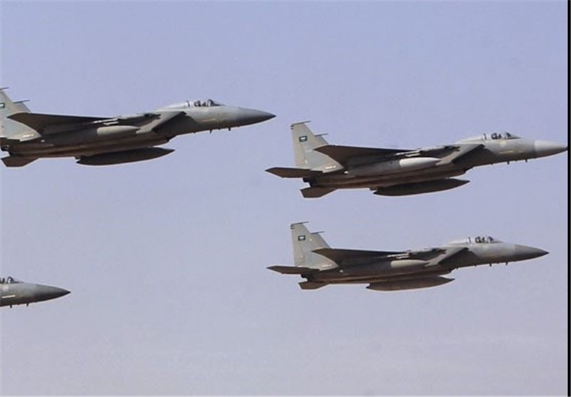 Photo of Saudi Jets Pound Civilian Areas in Yemen's Hajjah, Ma'rib