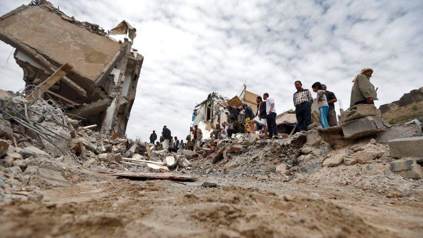 Photo of صحيفة إسرائيلية : أمريكا تترك السعودية تغرق في اليمن