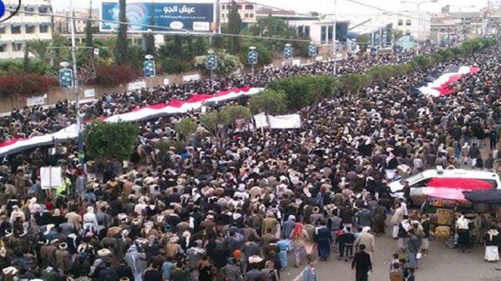 Photo of أمام المسيرة الكبرى بصنعاء.. الحوثي يؤكد بان أنصار الله ليس لديهم نزعة انتقامية