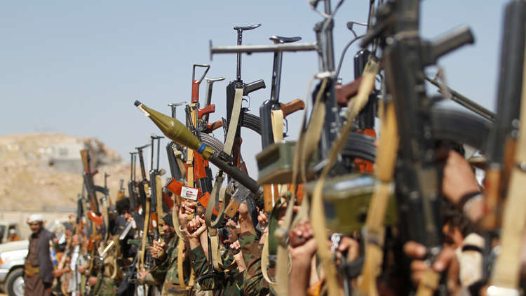 "Photo of تقرير عن ""WPR"" يكشف .. استعدادات اماراتية لتقسيم جنوب اليمن!"