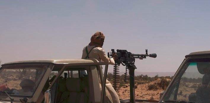 Photo of مأرب: اشتباكات بين قوات هادي ورجال قبيلة ال طعمان بعد قطع الاخيرة طريق جبهة صرواح