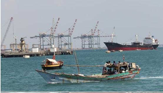 Photo of صحيفة: ما وراء الحديث عن تسليم إدارة ميناء عدن للصين؟