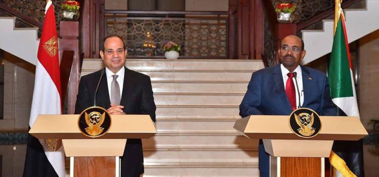 Photo of رئيسا مصر والسودان يتفقان على رفض التدخلات الأجنبية في البحر الأحمر