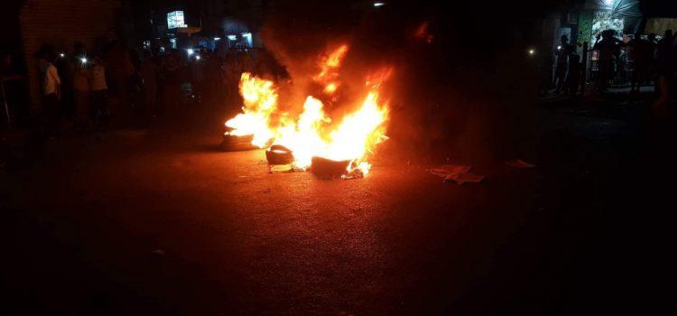 Photo of عدن.. استمرار الإحتجاجات الغاضبة المطالبة برحيل التحالف