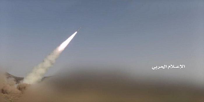 Photo of ضربة باليستية جديدة تستهدف قوات تابعة للجيش السعودي جنوب المملكة