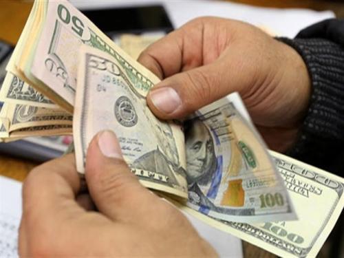 Photo of الريال اليمني يتحسن أمام العملات الأجنبية في عدن وصنعاء مساء اليوم الثلاثاء