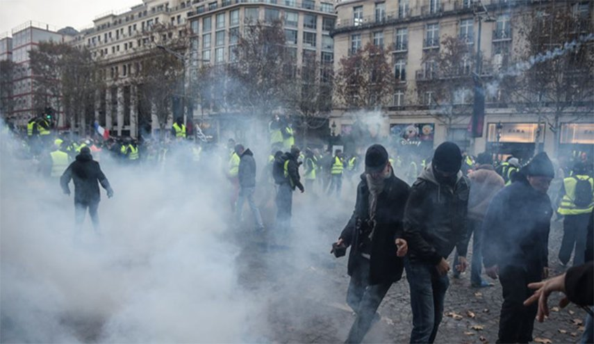 Photo of ربيع فرنسا غير الربيع العربي… لماذا؟