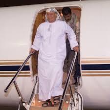 Photo of هادي يعود إلى مقر إقامته بعد تحسن صحته في الولايات المتحدة