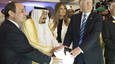 Photo of صحيفة أمريكية: سياسة ترامب في الشرق الأوسط تنذر بتفجير حرب كارثية وشيكة
