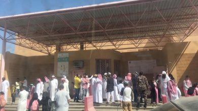 Photo of شاب سعودي عاري يحاول اقتحام مدرسة للبنات في مكة