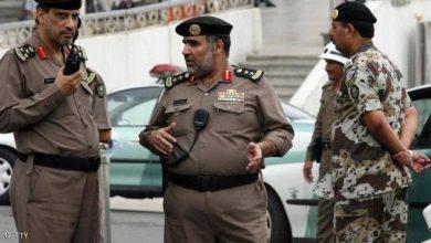 Photo of السلطات السعودية تحظر السفر على أسرة معتقل سياسي