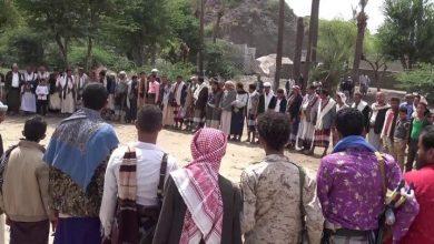 """Photo of أهالي صبر يحملون """"الشرعية"""" مسؤولية انتهاكات """"الإصلاح"""" في تعز"""
