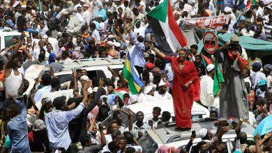 "Photo of رسالة هامة من الشعب السوداني لـ""أنصار الله"".. فيها ""انتظروا حتى يتسلّم المدنيون السلطة"""