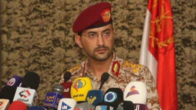 Photo of متحدث قوات صنعاء: أكثر من 43 غارة لطيران التحالف خلال الساعات الماضية