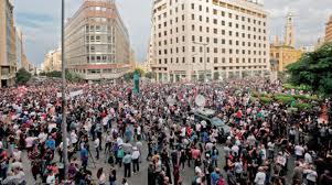 Photo of لبنان: استمرار المظاهرات وترقب مهلة 72 ساعة التى منحها رئيس الحكومة