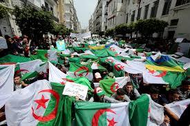 Photo of آلاف الجزائريين يتظاهرون في الجمعة الـ38