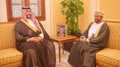 Photo of ماذا تعني زيارة الامير خالد لمسقط؟ هل اقتربت ساعة الحل السياسي في اليمن؟