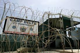 Photo of العفو الدولية تكشف تعرض ناشط سعودي للتعذيب في سجون بلاده