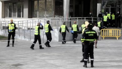 Photo of إسبانيا.. تمديد حالة الطوارئ ومنع دخول الأجانب بسبب كورونا