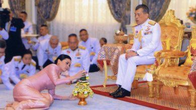 Photo of تاركا شعبه لمصيره مع كورونا.. ملك تايلاند يحجر على نفسه مع 20 من صديقاته في فندق بألمانيا