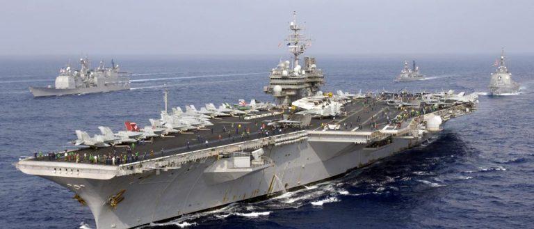 قوات أمريكية تجري مناورة حية في مياة الخليج