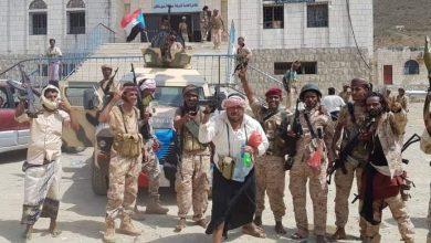 Photo of قوات تابعة للإمارت تسيطر على مديرية أمن سقطرى