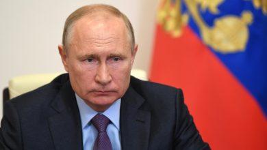 Photo of الرئيس الروسي: العقوبات الامريكية على سوريا غير قانونية وتصعد المشاكل