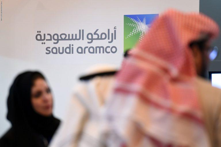 """""""أرامكو وسابك"""".. توقعات بتراجع أرباح أكبر شركتين سعوديتين"""