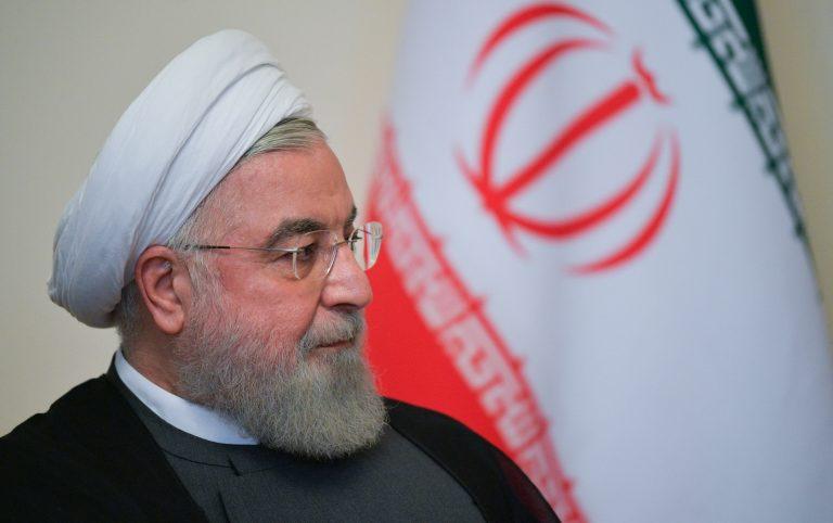 الرئيس الإيراني: أي خطوة أمريكية لتنفيذ العقوبات ضد إيران ستواجه برد ساحق
